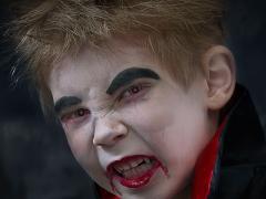 Vampier-Tristan-Ausschnitt